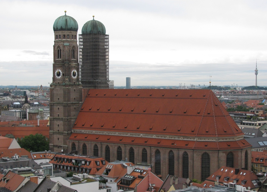 Frauenkirche as seen from Peterskirche belltower.