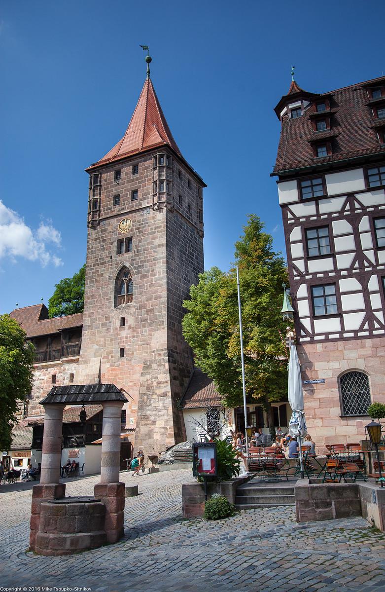 Nuremberg. Tiergärtnerplatz