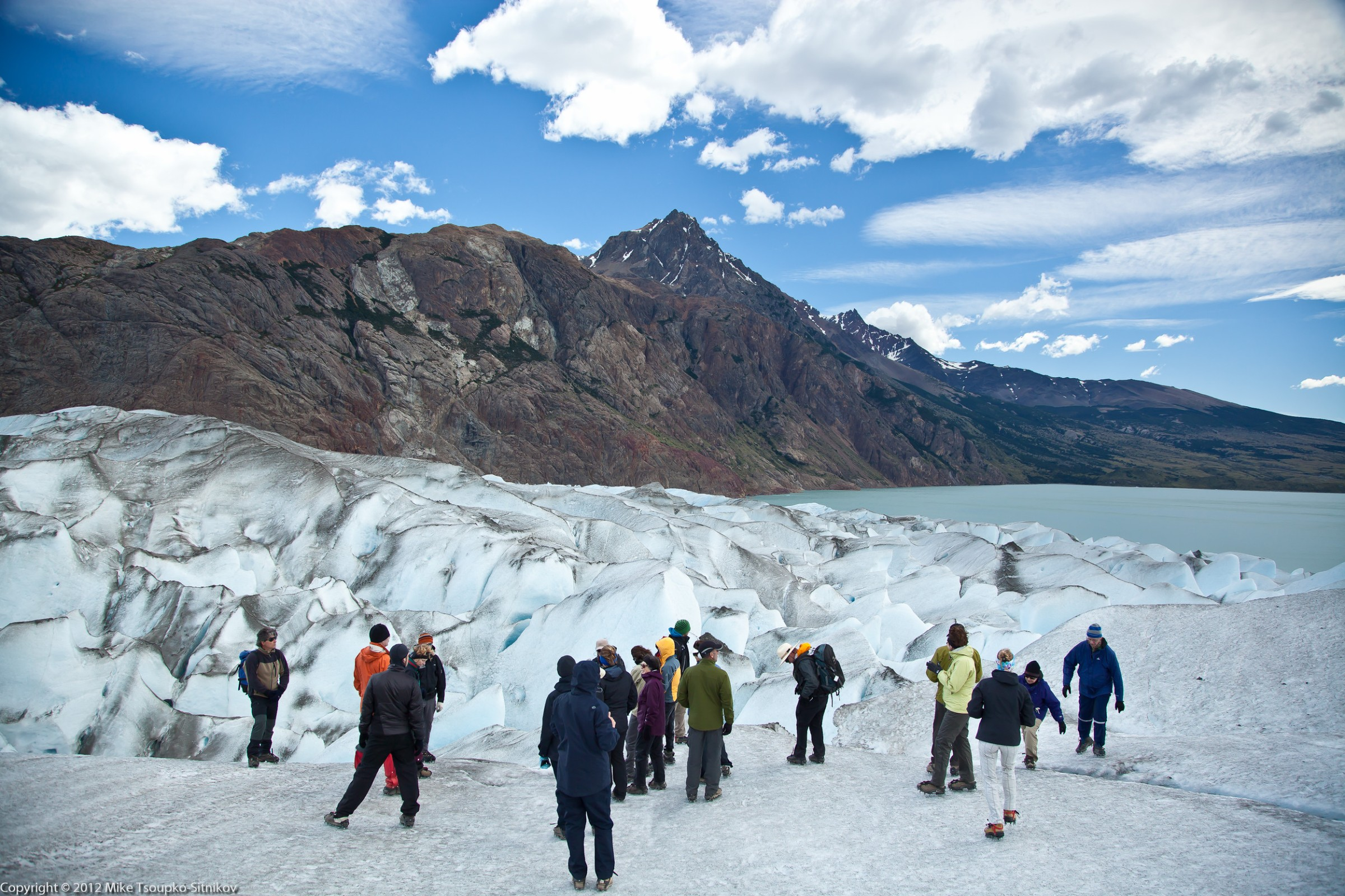 A guided tour at Viedma Glacier