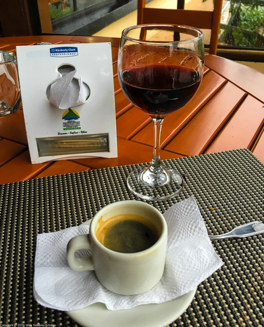 Après-hike refreshment: a glass of Frontera cabernet and an espresso